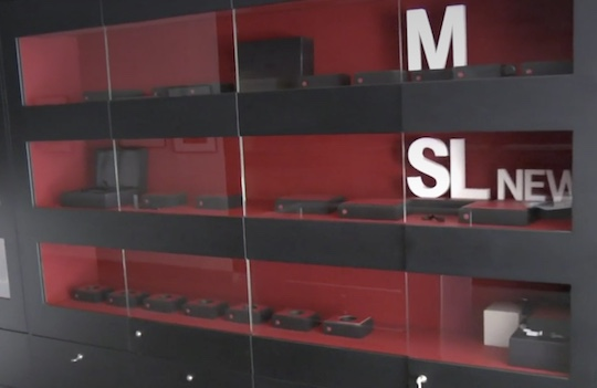 Leica-Store-Soho-was-looted-last-night-1